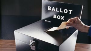 _89125960_ballotbox
